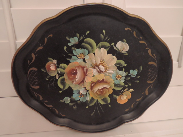 """Vintage Hand Painted Black Toleware Tray Serving 17"""" x 14"""""""