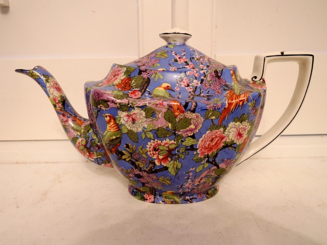 Fabulous Vintage Large Crown Ducal Blue Chintz Teapot Rare!