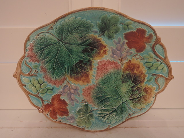 Stunning Antique Wedgwood Majolica Bread Platter Plate Autumn Leaves Grapes 1880's