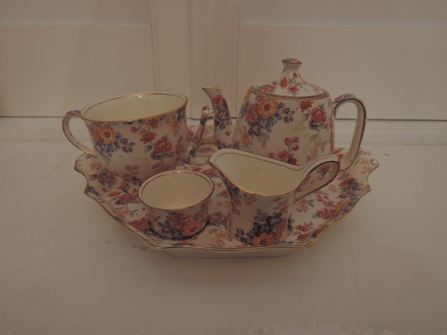 Rare! Vintage Royal Winton Chintz Cotswold Breakfast Set Teapot Tea For One