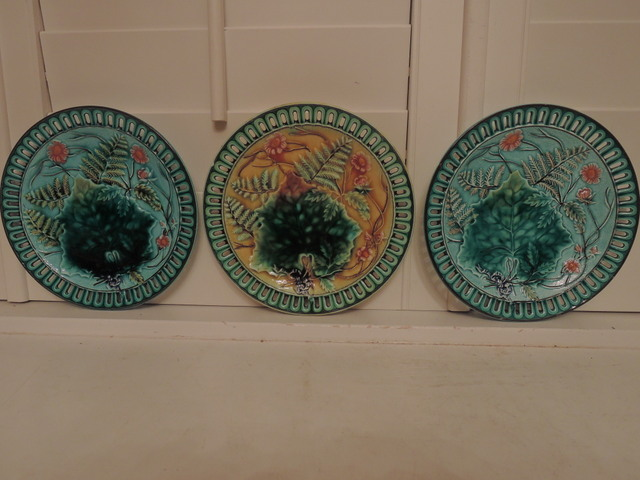 Gorgeous Set of 3 French Reticulated Majolica Plates Ferns Pink Mums 1800's