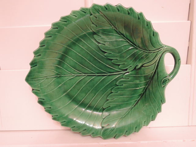 Antique Cabbage Green Leaf Handled Majolica Plate 1880's