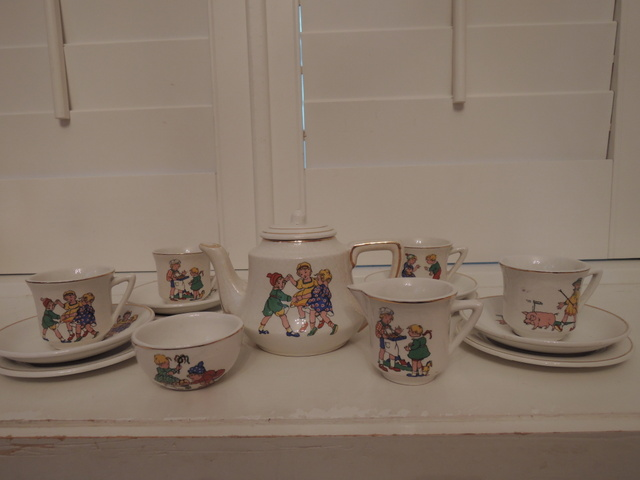 Antique Victorian 15 Piece Child's Tea Set Teapot Children's