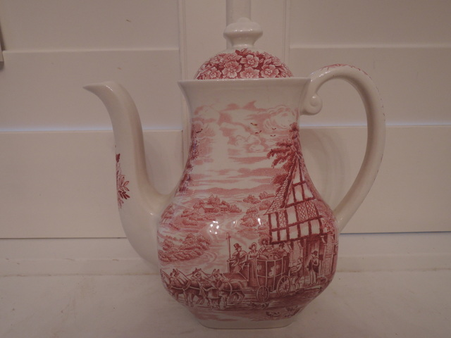 Vintage Wedgwood Dickens Coaching Days Red Transferware Coffee Pot