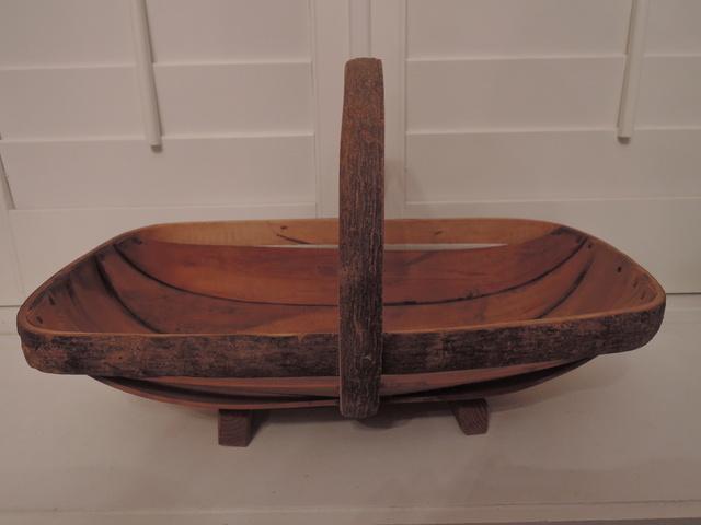 Large Vintage English Sussex Garden Trug Basket Copper Nails