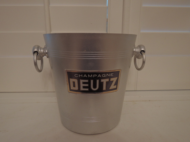 Vintage French Handled Metal Champagne Deutz Label Ice Bucket Pale