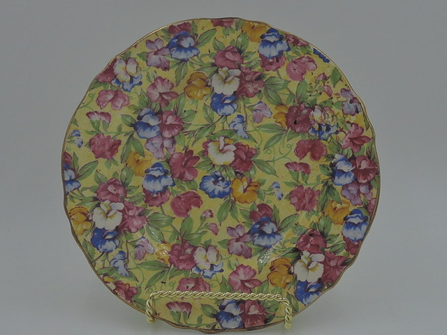"Vintage Royal Winton Chintz Sweet Pea 7"" Plate"