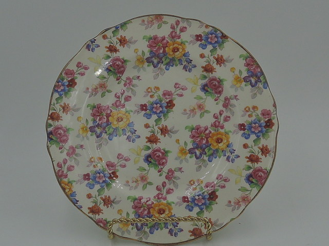 "Vintage Royal Winton Chintz Cotswold 7"" Plate"
