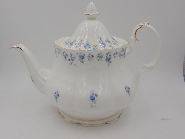 Vintage Royal Albert Memory Lane Blue Floral Teapot Bone China Large