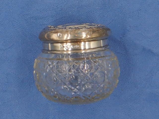 Antique Embossed Sterling Silver Lid & Cut Glass Ladies Vanity Jar Pot Birmingham 1901