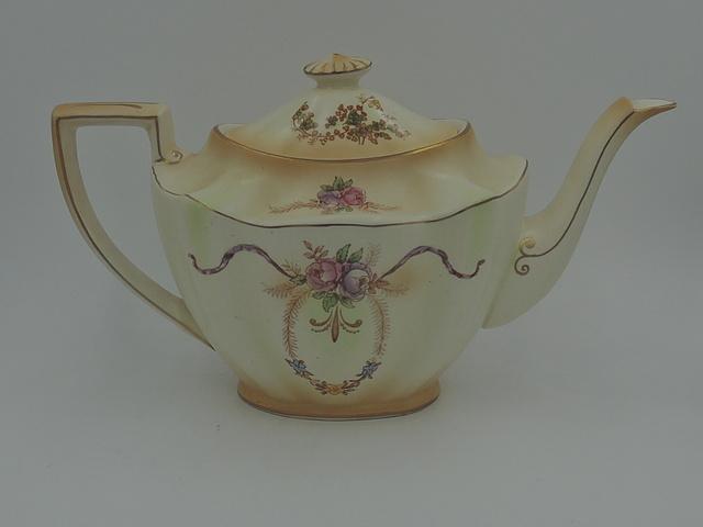 Vintage Crown Ducal Doric Blush Ware Teapot Pink Roses