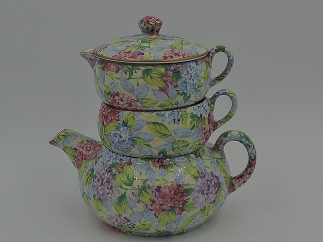 James Kent Chintz Hydrangea Stacking Teapot Stacked Tea For One
