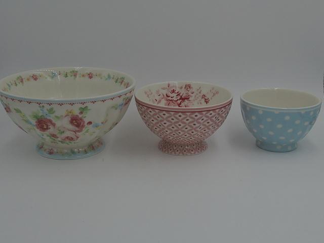 GREENGATE Set of 3 Cafe Au Lait Bowls Pinks & Blues Beautiful