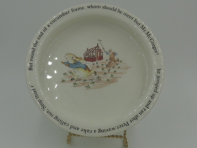 Vintage Wedgwood Peter Rabbit Stop thief! Child's Bowl Beatrix Potter