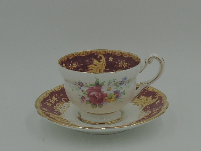 Vintage Paragon Red & Gold Leaf Petite Cup & Saucer Teacup 95283