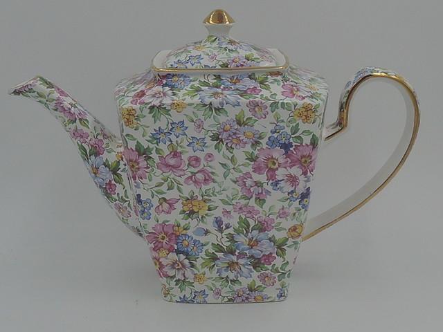 Vintage Arthur Wood Chintz Teapot w/Pink Roses 6758