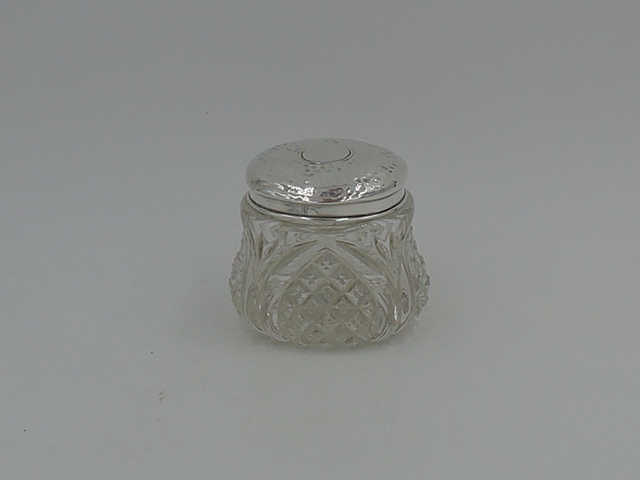 Gorgeous Antique Sterling Silver Lid & Star Cut Base Glass Ladies Vanity Jar