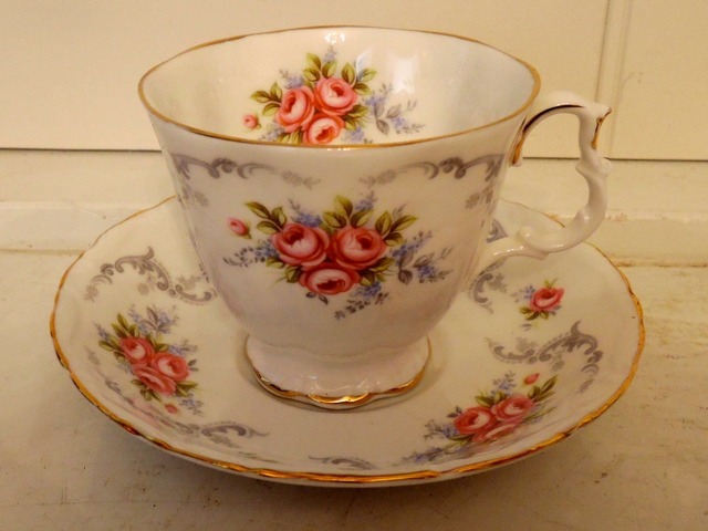 Vintage Royal Albert Tranquillity Cup & Saucer Pink Roses Bone China Teacup