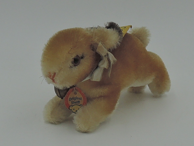 "Vintage Steiff 5"" Bunny w/Bell 2900,08 Button & Tagged 1960's"