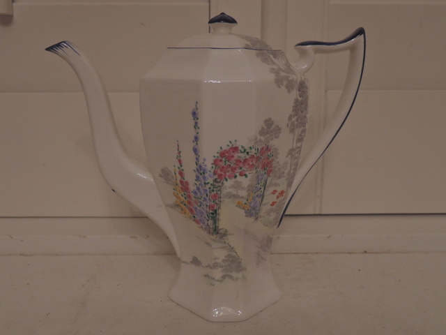 Shelley Queen Anne Archway of Roses Teapot/Coffee Pot 723404 Stunning & Rare