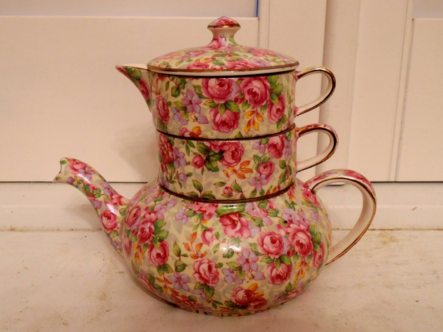 Vintage Royal Winton Chintz English Rose Stacking Stacked Teapot 1950's