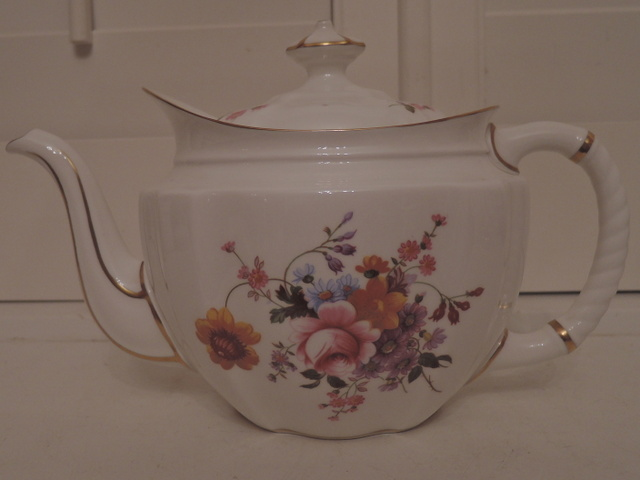 Vintage Large Royal Crown Derby Posies Teapot 8 Cup Excellent Condition!
