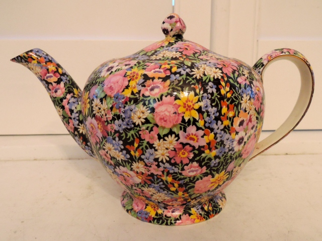 Vintage Royal Winton Chintz Balmoral Teapot Albans Shape 6 Cups