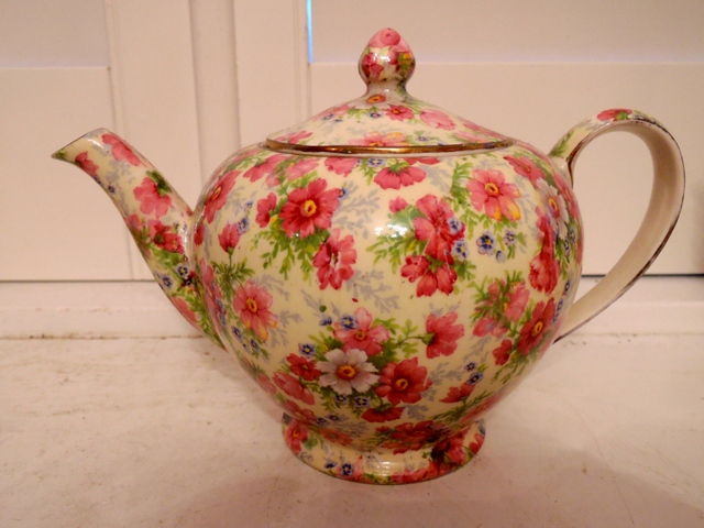 Vintage Royal Winton Chintz Shrewsbury Teapot Rare! 1950's