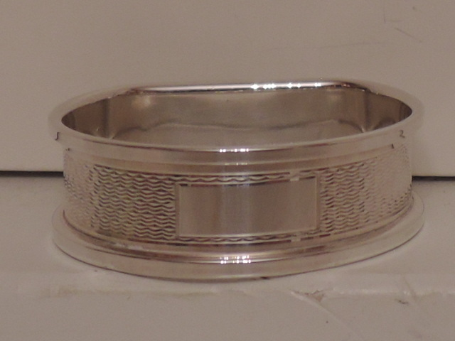 English Sterling Silver Engine Turned Napkin D Ring Hallmark 1989