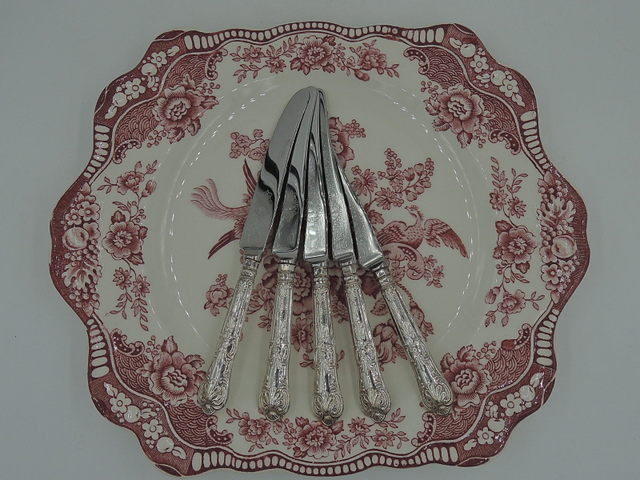 Set of 5 Sterling Silver Handles Kings Pattern Table/Desert Knives 1940 w/Leather Box