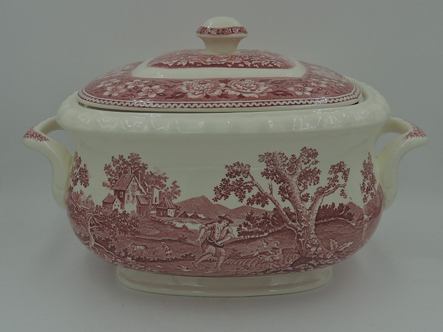 Vintage Villeroy & Boch Rusticana Red Transferware Large Soup Tureen