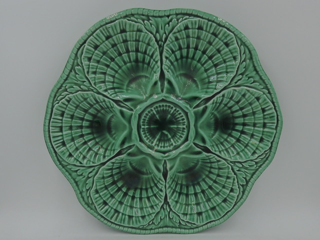 Vintage French Sarreguemines Green Majolica Oyster Plate Dish Shell C.1900