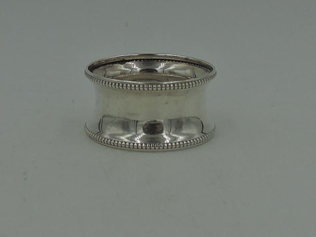 Antique English Sterling Silver Napkin Ring Beaded Border Birmingham 1938