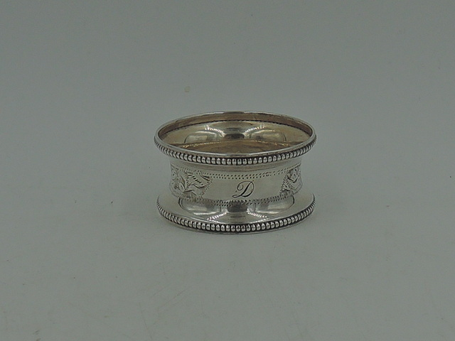 Antique English Sterling Silver Napkin Ring Beaded Border Monogram D 1918