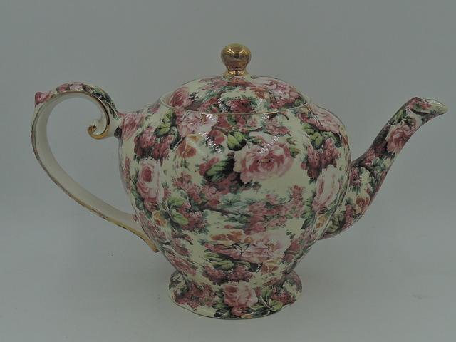 Vintage Arthur Wood & Son Chintz Teapot Pink Roses 6 Cups
