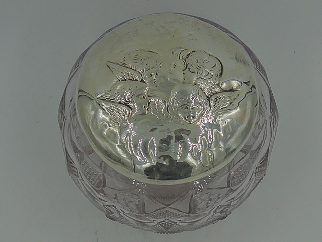 Antique English Edwardian Sterling Silver Reynolds Angels Lid & Cut Glass Vanity Jar