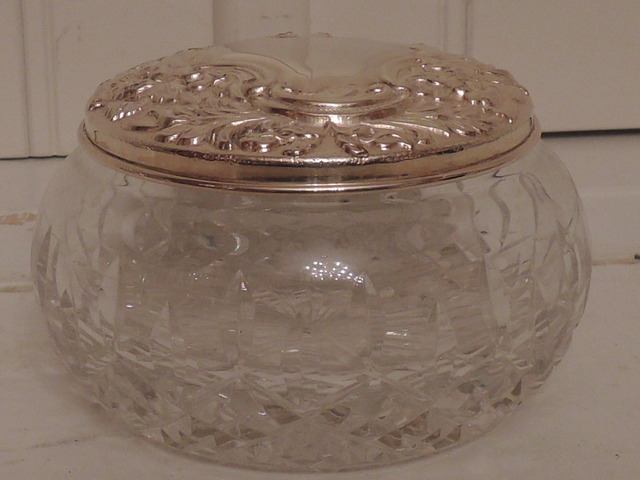 Gorgeous Silver Lid & Star Cut Base Glass Ladies Vanity Jar
