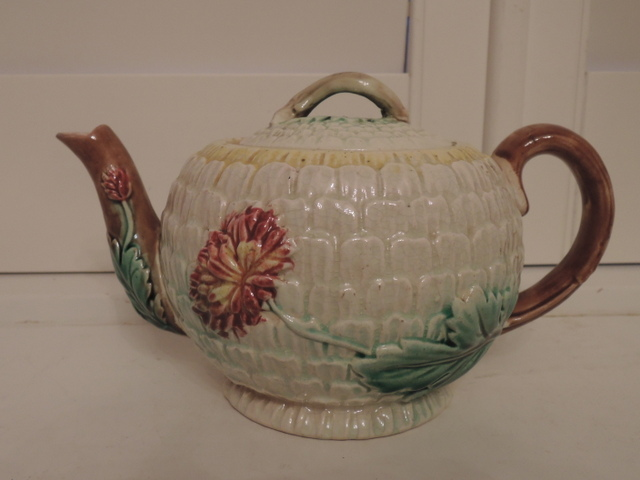 Antique English Majolica Teapot w/Pink Mums 19th C. Excellent Condition