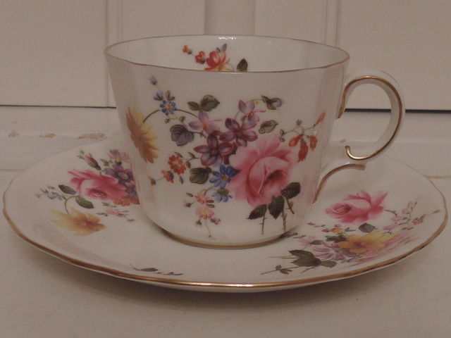 Vintage Royal Crown Derby Posies Cup & Saucer Teacup Bone China Pink Roses
