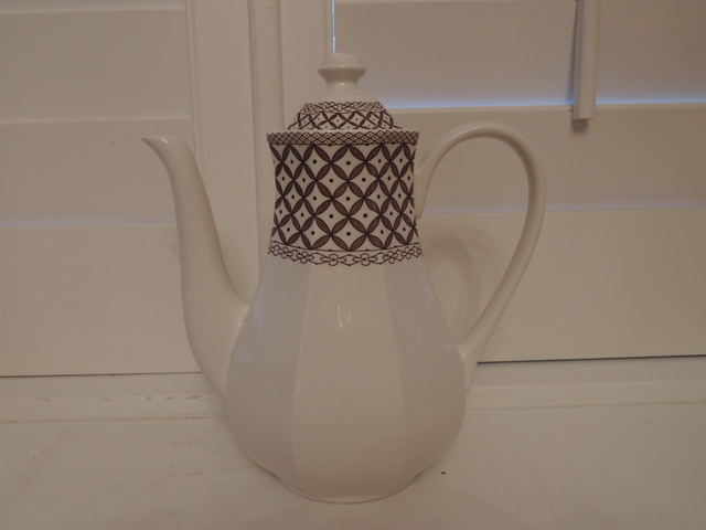 Vintage Liberty Ironstone J & G Meakin Wicker Coffee Pot Brown & White Staffordshire