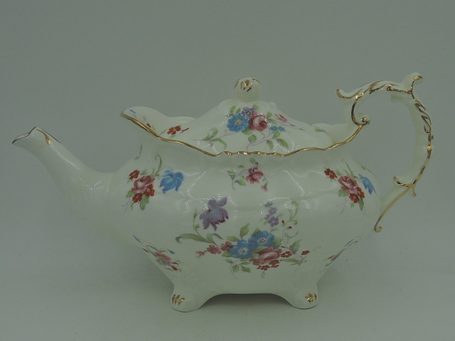 Gorgeous Ornate Bone China Hammersley 6072 Teapot 3 Cups