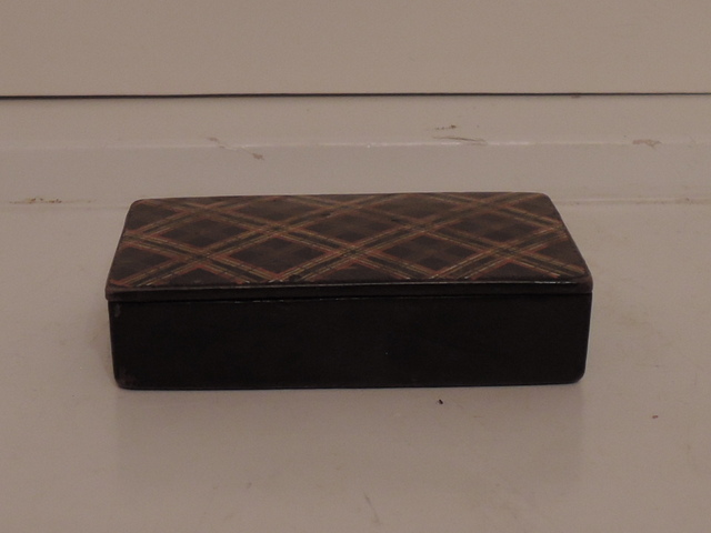 Antique Scottish Tartan Tartanware Plaid Box Blackwatch 19th C.