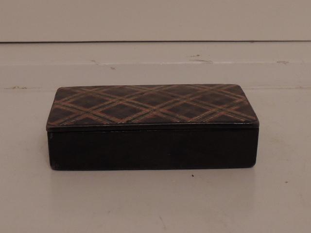 Antique Scottish Tartan Tartanware Plaid Box Blackwatch 19th C.