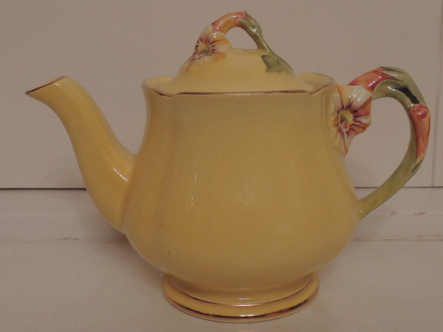 Vintage Royal Winton Yellow Handpainted Petunia Teapot Tea for One
