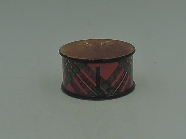 Antique Scottish Tartan Ware MacGregor Plaid Napkin Ring 19th C. Ex. Condition