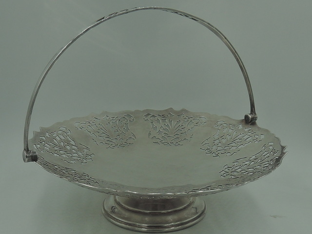 Silverplate Reticulated Mappin & Webb Bridal Bride's Basket Silver Plate