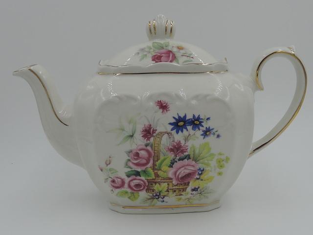 English Ornate Sadler Teapot w/Basket of Pink Roses