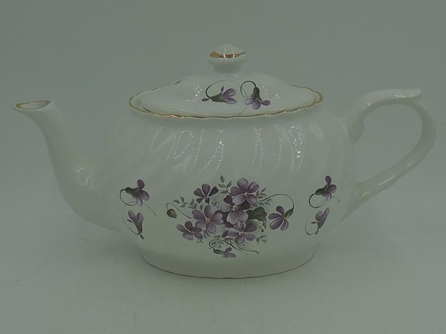 Vintage Arthur Wood & Son Violets Teapot Staffordshire 6432 2 Cups