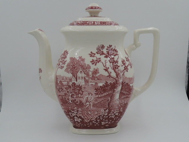 Vintage Large Villeroy & Boch Rusticana Red Transferware Teapot/Coffee Pot Germany