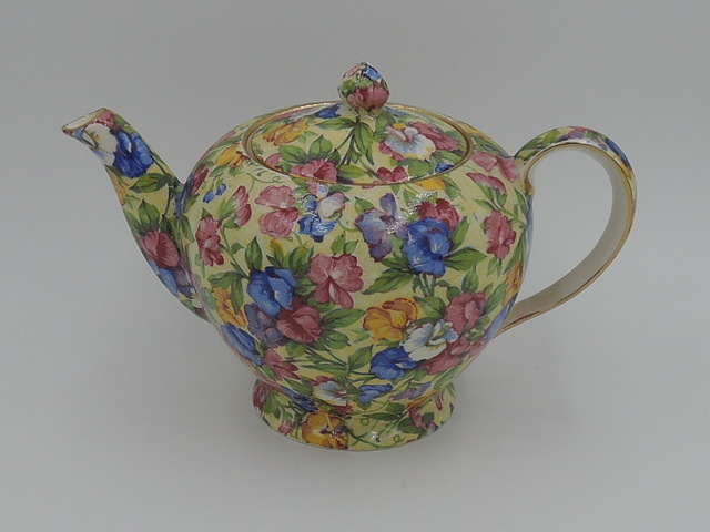 Vintage Royal Winton Chintz Sweet Pea Teapot Breakfast Set Tea for One